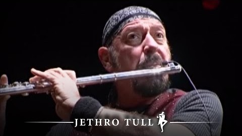 """Jethro Tull's Ian Anderson reveals he has """"incurable lung disease"""""""