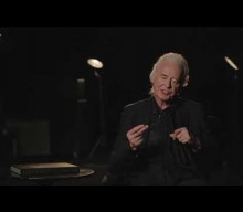 Watch JIMMY PAGE Discuss 'The Anthology' Book