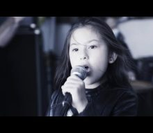Watch Eight-Year-Old Girl Sing SEPULTURA's 'Roots Bloody Roots'